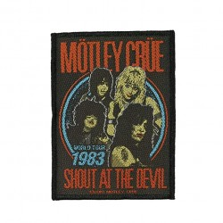 Mötley Crüe - Shout At the...